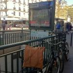 Des-Sacs-Hebdo-Metro-Paris-ligne 6-La-Motte-Picquet-Grenelle